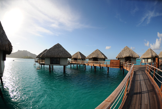 Thumbnail image for 3 Luxurious Resorts to Visit in Bora Bora