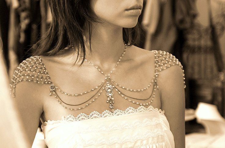 Impressive Shoulder Jewelry for the Strapless Bride