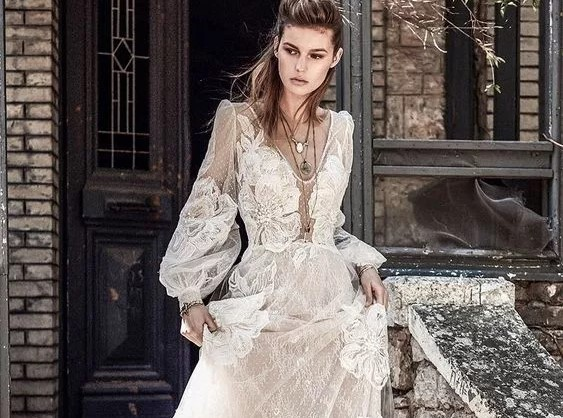 5 Long-Sleeved Wedding Gowns Perfect for Fall