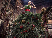 Thumbnail image for You CAN wear a Christmas Tree on your Wedding Day