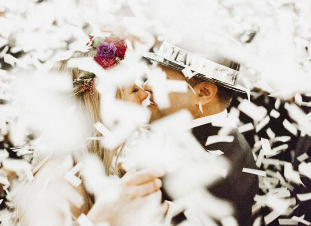 10 Instagram Posts that will make you want a #NYEWedding