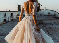 Thumbnail image for February #Wedding Gown Roundup